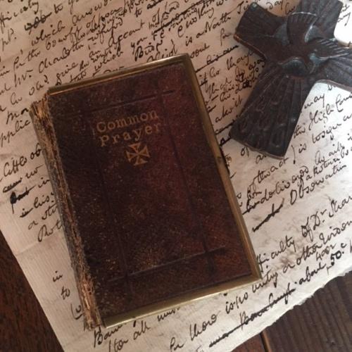 英国アンティークの祈祷書