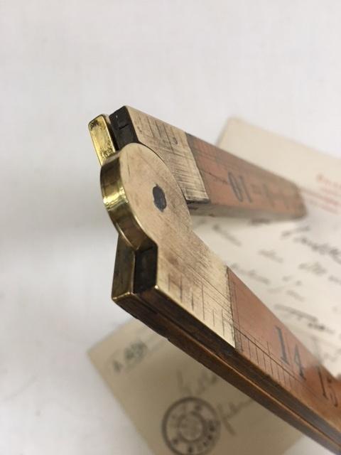 英国ヴィンテージのRABONE折りたたみルーラー真鍮の金具