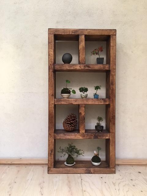 英国製の木製ブックシェルフ