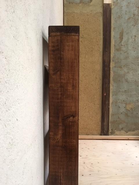 英国製の木製ブックシェルフ側面