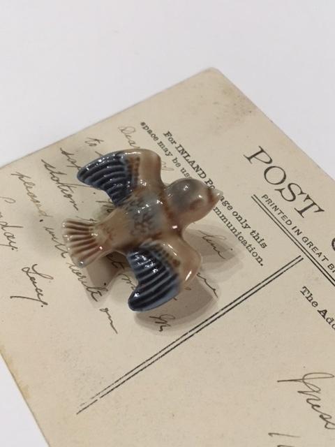 WADEヴィンテージ小鳥の陶器製フィギュア