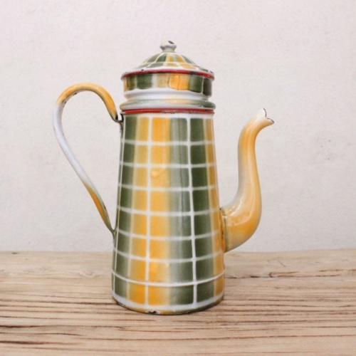 フランスアンティークのダミエ柄2段式エナメルコーヒーポット