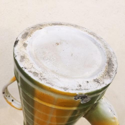 フランスアンティークのダミエ柄2段式エナメルコーヒーポットの底面