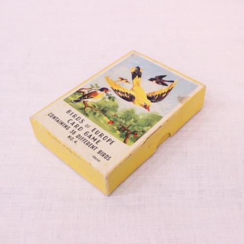イギリスヴィンテージの鳥のカードゲームの箱