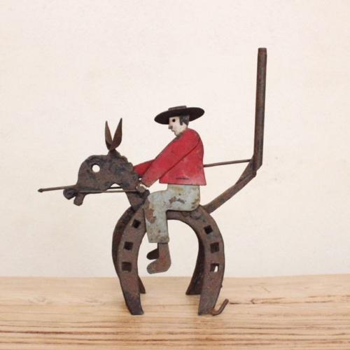 英国ヴィンテージの蹄鉄のカウボーイオブジェ