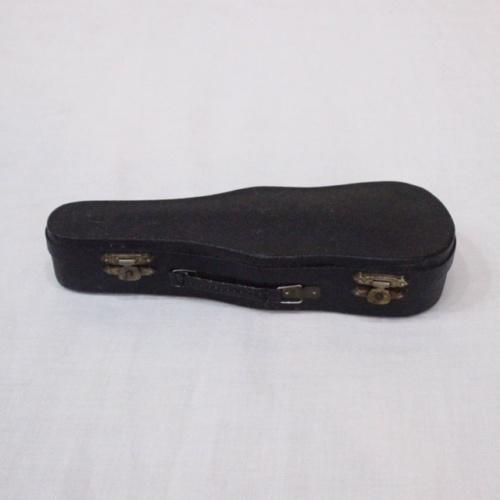 英国ヴィンテージのミニチュアバイオリンのケース