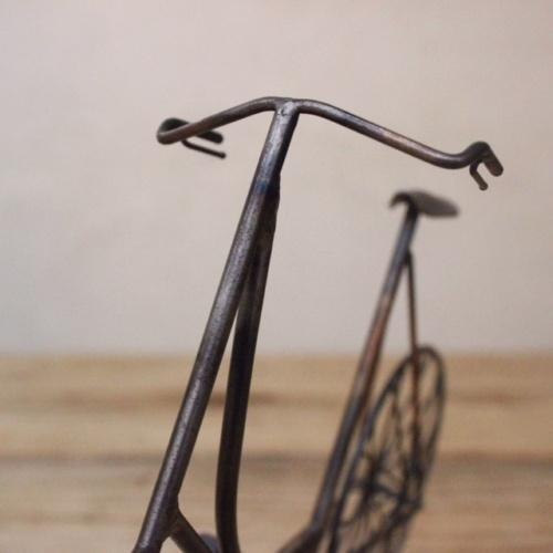 英国ヴィンテージの自転車オブジェのハンドル