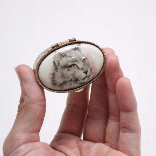 イギリスヴィンテージの猫の小物入れ