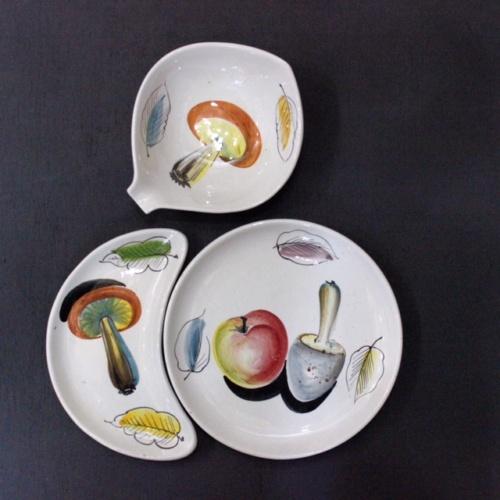 イタリアヴィンテージのキノコの絵柄のプレートシリーズ