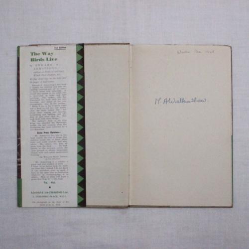 イギリスヴィンテージの鳥の本の内側